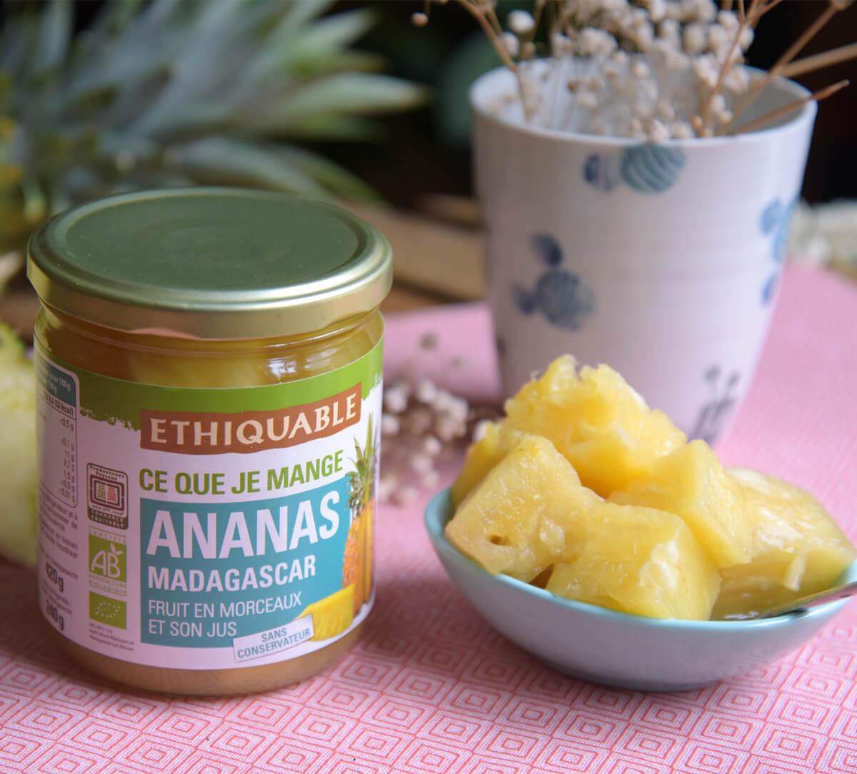 Ethiquable I Ananas entier bio de Madagascar et son jus issu du Commerce Equitable, en bocal